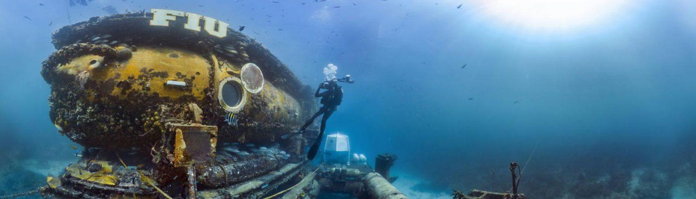 image of FIU Aquarius undersea laboratory