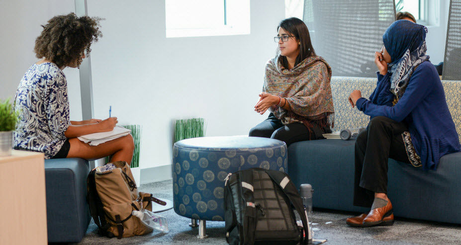 FIU Startup - meeting taking place in hub